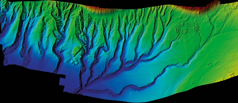 Submarine channels and canyons