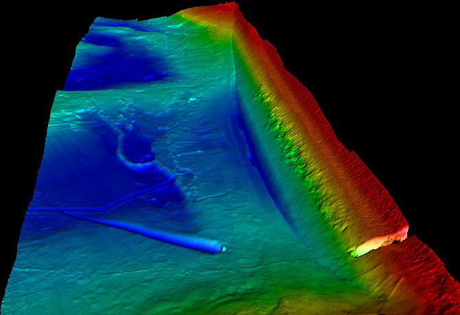 3D plot of the bathymetry of part of the west dam wall at Draycote Water. Colour scaling is from the surface down to 17.5m.