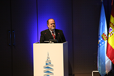 Todd Schuett, Kongsberg Norcontrol IT Training Manager, speaks at the IALA Conference 2014