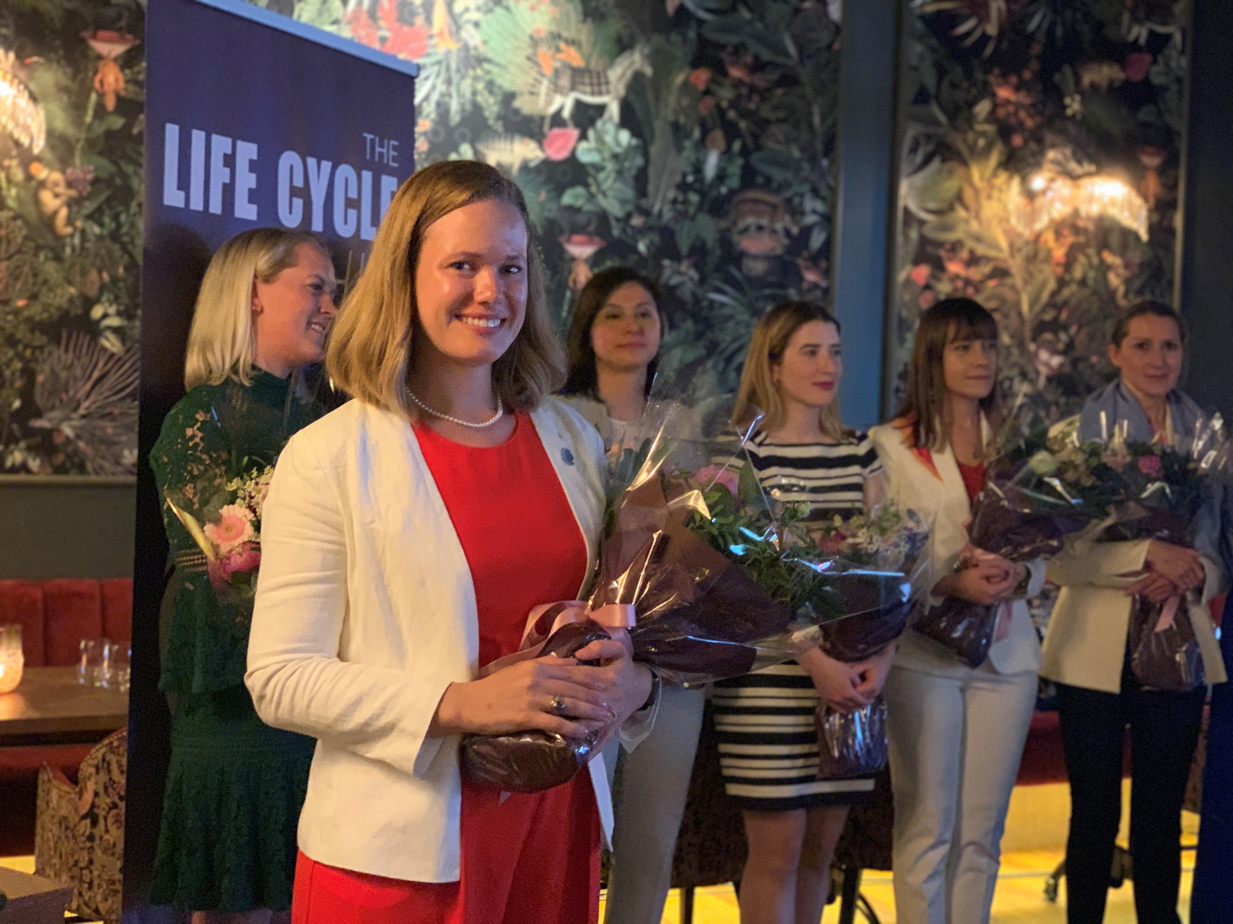 På Nett Voksen Dating App For Middelaldrende Giftet Seg Med Kvinner I Kongsberg
